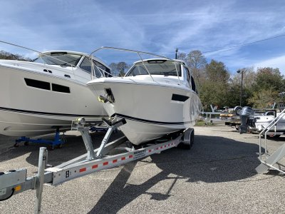 2021 Pursuit Offshore OS 325 Power Cruiser