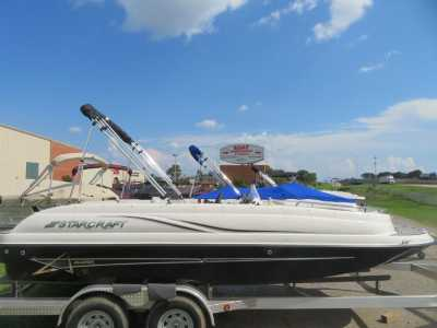 2020 Starcraft Marine Limited OB 1915 OB Power Deck Boat