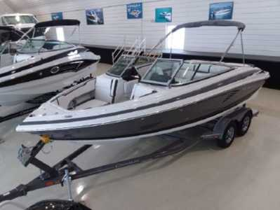 2021 Crownline 220 SS Power Bowrider