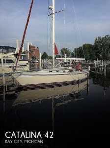 1989 Catalina 42 Wing Keel Sail Sloop