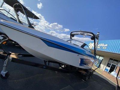View 2021 Malibu Boats 23 MXZ - Listing #191206
